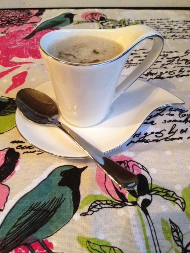 A cup of soup. Viola!