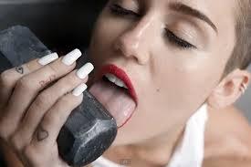 Hammer, licking good!