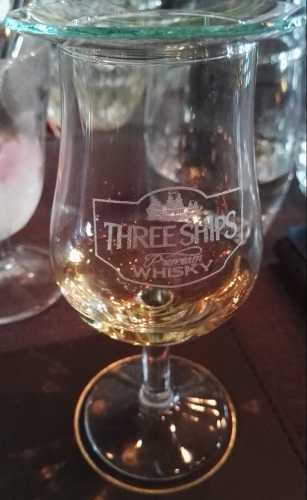 Three Ships 10yr Single Malt by TheOneK