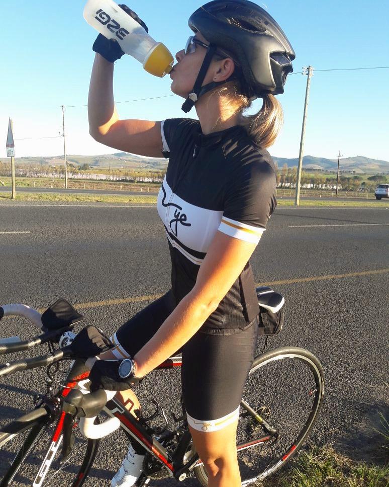 The One K | Vye Cycling kit