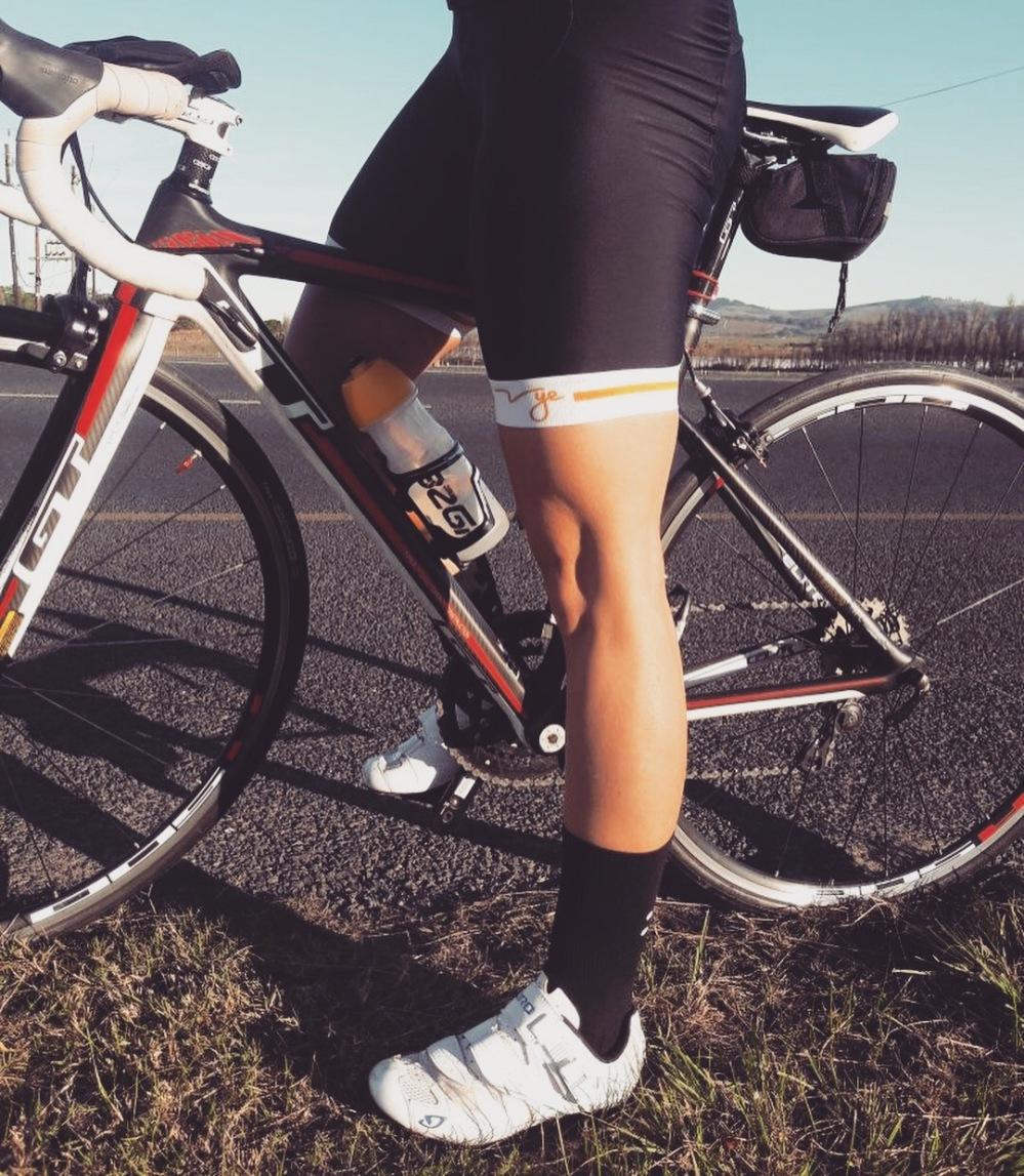 The One K   Vye Cycling kit